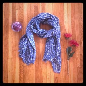 DIVIDED extra-long lightweight cotton scarf by H&M